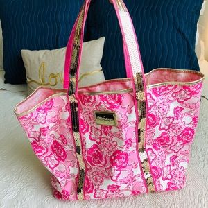 Lilly Pulitzer pink lion print tote